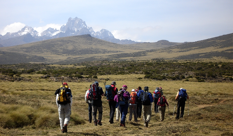 Mt. Kenya – Kilimanjaro & Beach Safari
